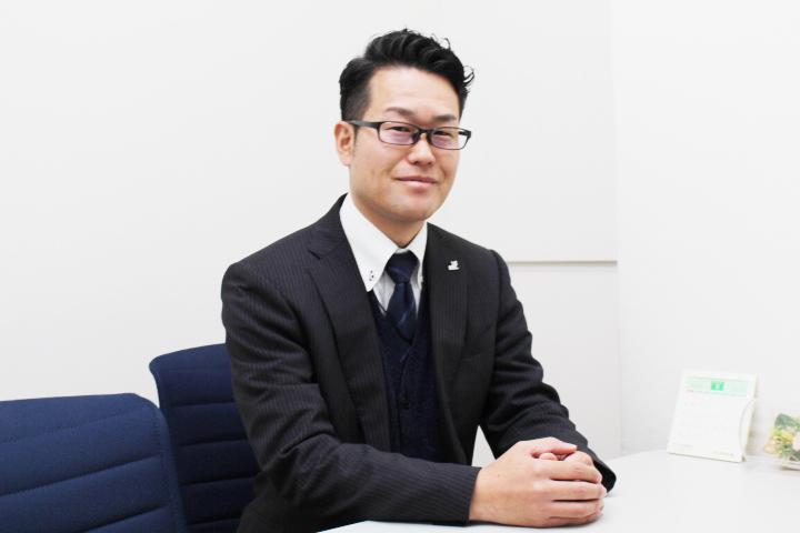 平川吉輝 業務2課 主任 (入社12年)